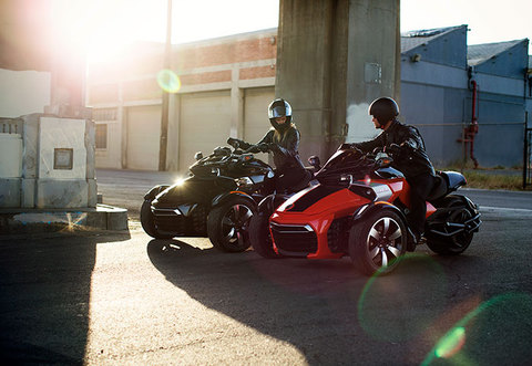 2015-Can-Am-Spyder-F3Sa-small[1].jpg